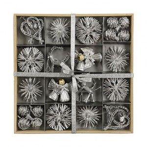 Caja con adornos de navidad, 5'90€.